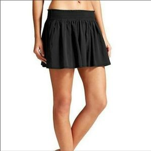 Athleta Sneaky black flowy shorts XS